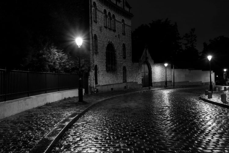 cepa-gallery-ed-healy-rainy-night-auction-2021-min